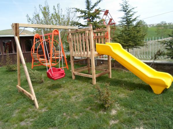 ahşap çocuk oyun parkı sg22n